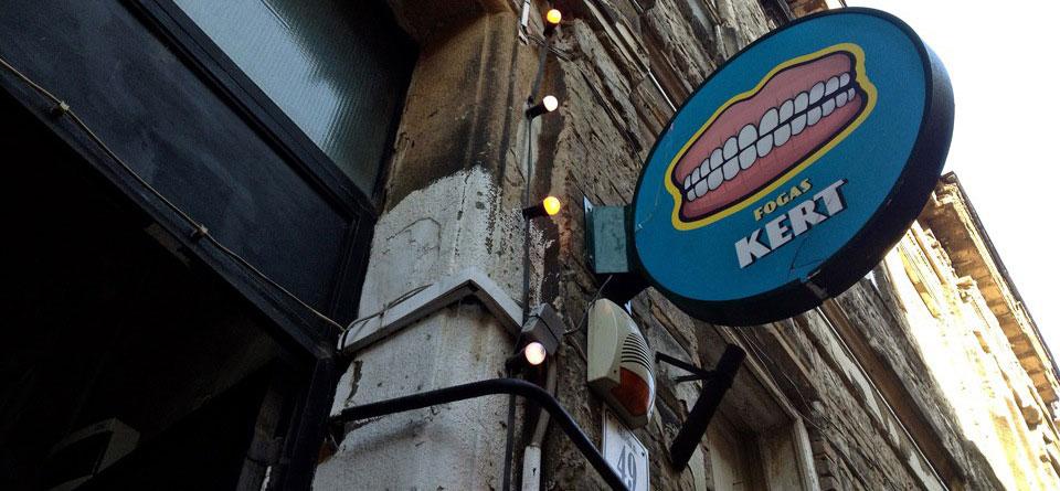 budapest ruin pubs