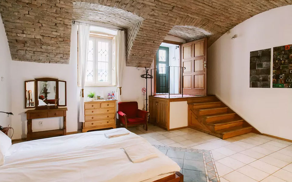 7 Pictures That Will Make You Want To Book A Trip: 7 Airbnbs In Budapest That Will Make You Want To Book Your
