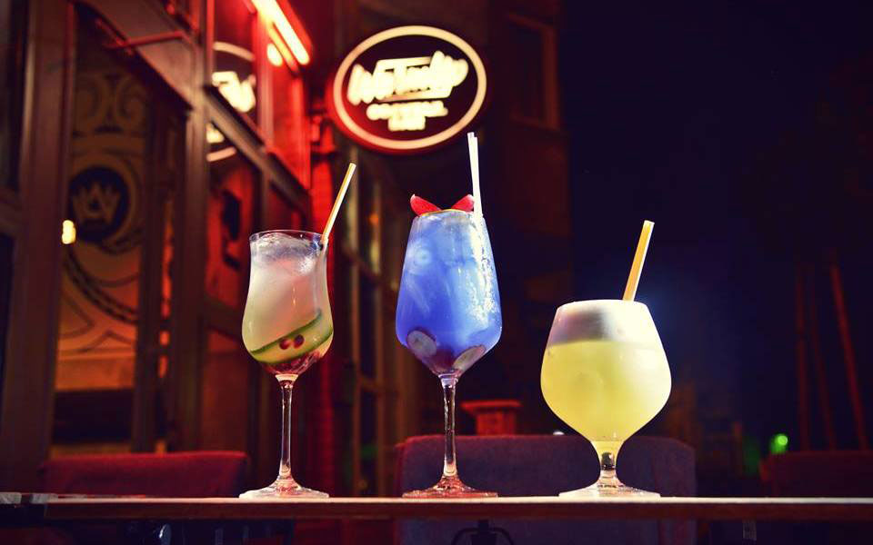 best places for cocktails in budapest