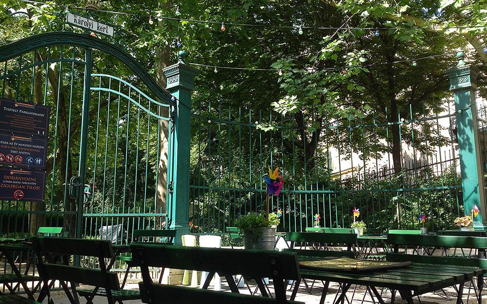 karolyi kert budapest